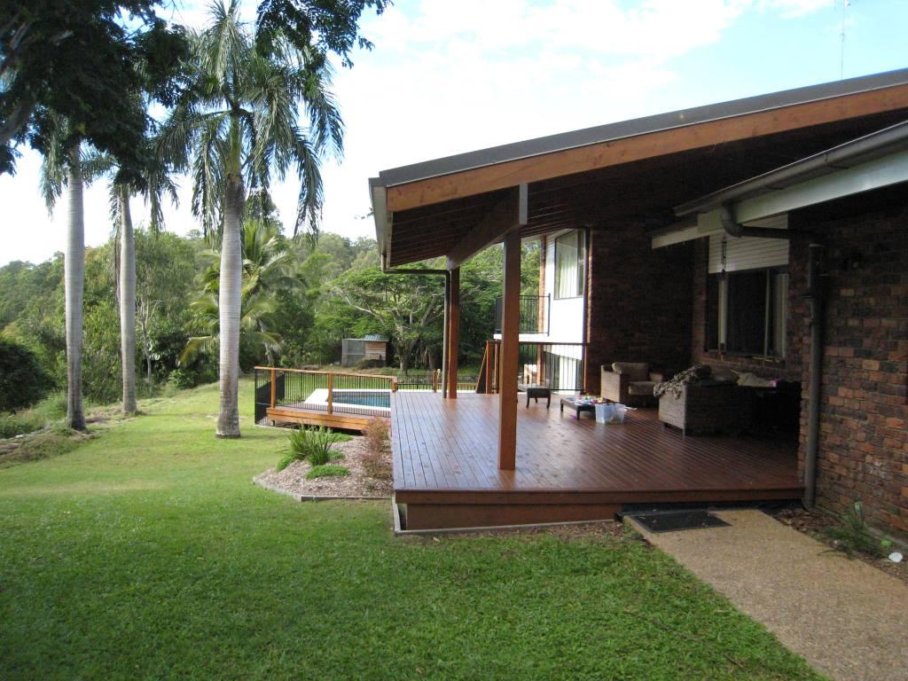 mwc-pool-deck-renovation-01
